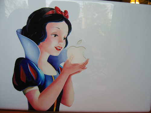 Blancanieves sticker MacBook
