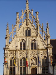 Stadhuis - Grote Markt, Mechelen (twiga_swala) Tags: old city buildings square town hall place belgium belgique market belgi grand belgian markt rathaus altstadt flemish mechelen stad stadhuis flanders hteldeville grote malines vlaanderen flandre malinas mechlin