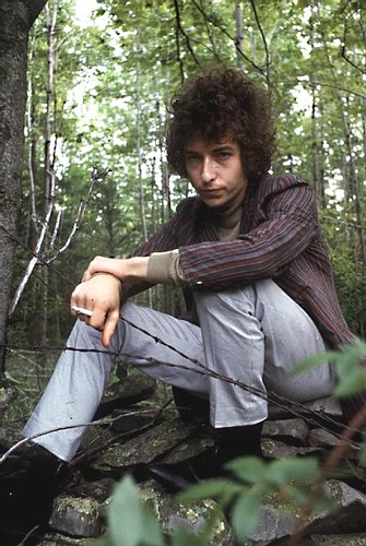 essential bob dylan. 2527364744 5516c9acf8 m Essential Bob Dylan Music to Have If Youre Stranded