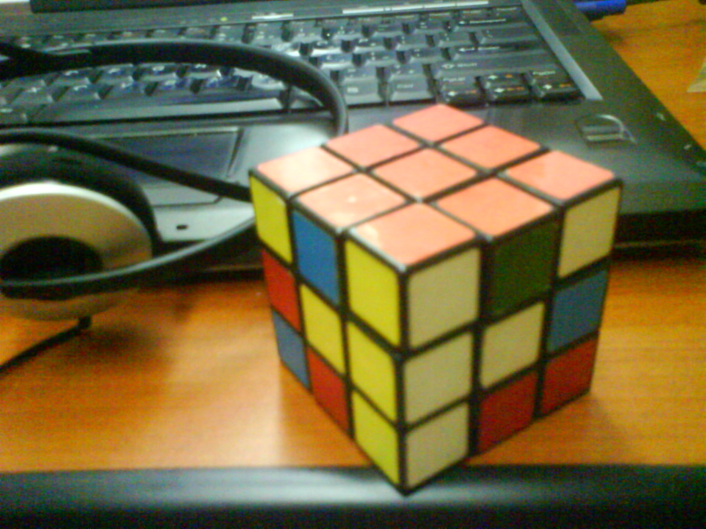 [Day 2 of the 365 Toy Project] Rubik's Cube
