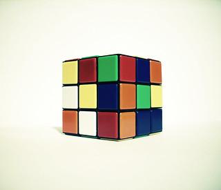 Noi che giocavamo col cubo di Rubik...