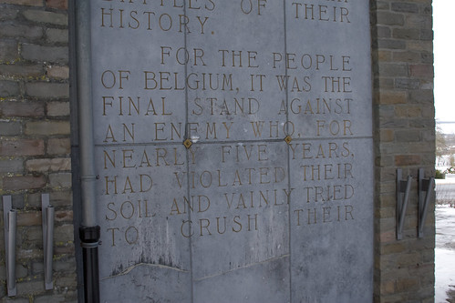 Inscription at Bastogne Monument.jpg