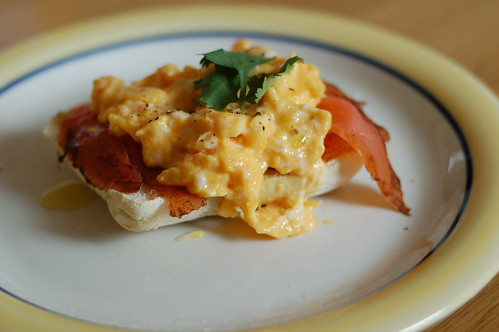 Smoked salmon and scramled eggs on soda bread