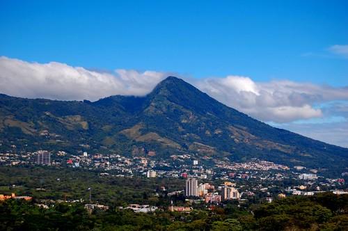 Volcan de San Salvador par arturotreminio