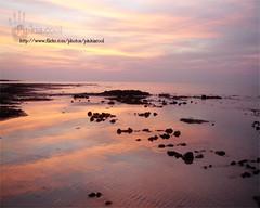 وقت الغروب بدا يذوب (D o 7 ε) Tags: red sea sun water natural غروب sunsit الطبيعه روعه منظر طبيعي المغرب بحر الاحمر طبيعه الشفق