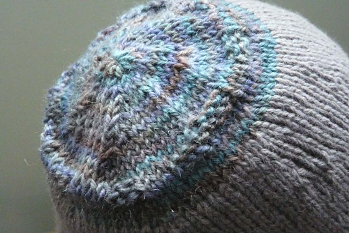 FO: Gloria's Hat - top detail