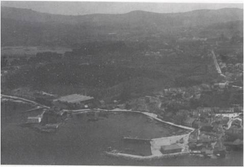 Vista aérea do porto de Vilaxoán.