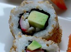 (CANDYTANGERINE) Tags: california food cold set feast sushi japanese raw snack roll nigiri treat console komachi nori substitute slamon chocotate