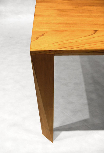Simple - table (Leg view)