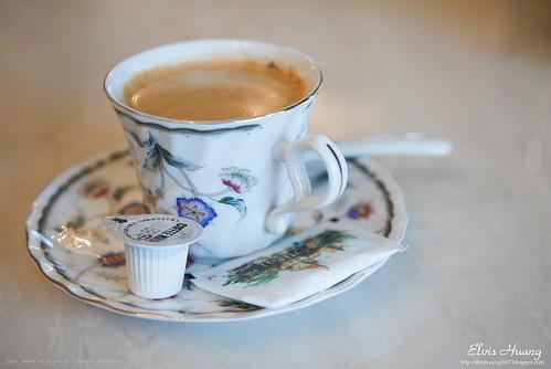 伊莎城堡民宿 - 研磨咖啡