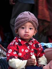 La banane - Kathmandou (GUSTAVimages) Tags: nepal baby trek vacances kali gustav fete enfant bébé tika priere kathmandou
