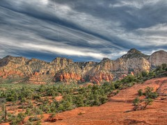 Along the Broken Arrow trail (rovingmagpie) Tags: arizona clouds sandstone sedona redrock slickrock hdr brokenarrow chickenpoint brokenarrowtrail submarinerock pinkjeeps hdrtype4