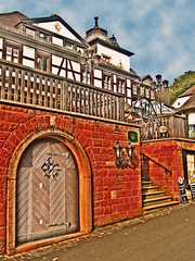 Aschaffenburg: Near Castle Mespelbrunn (bill barber) Tags: door castle architecture port photoshop germany puerto deutschland cafe arquitectura gate stair frankfurt balcony main decoration entrance bistro stairway deck ornament porto german entryway elements porta architektur alemania tor halfframe tyskland tr architettura pediment bundesrepublik faade germania alemanha fassade duitsland entre deur deutsche arkitektur entranceway aschaffenburg ornamentation fachwerk mespelbrunn herringbone drr architectur lallemagne dr halftimber  pforte spessart billbarber kapija doitsu niemcy njemaka saksa nmetorszg ajt voussoir njemacka  nemecko wdwbarber williambarber bbarber1 mporte germnia