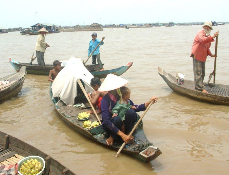 Sur l'eau-Vers Siem Reap