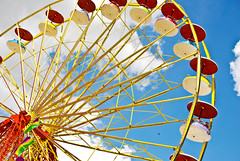 The Great Wheel (Face-2-Face) Tags: pink flowers blue light shadow red wild sky sun macro green love nature colors yellow kids clouds wow butterfly fun high upsidedown florida god miami fair spots hanging homestead eden fl portfolio bethere orona dadecountyyouthfair thechallengefactory doublelooper soarring ropall