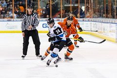 "Missouri Mavericks vs. Wichita Thunder, February 7, 2017, Silverstein Eye Centers Arena, Independence, Missouri.  Photo: John Howe / Howe Creative Photography • <a style=""font-size:0.8em;"" href=""http://www.flickr.com/photos/134016632@N02/31988710543/"" target=""_blank"">View on Flickr</a>"