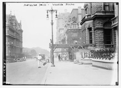 Huntington House - Widening 5th Ave.  (LOC) (The Library of Congress) Tags: road street city newyorkcity usa house home stone america vintage lights construction streetlight manhattan 5thavenue sidewalk lamppost libraryofcongress fifthavenue 1910s avenue sweep broom streetsweeper sweeper widen huntingtonhouse buildingstone xmlns:dc=httppurlorgdcelements11 dc:identifier=httphdllocgovlocpnpggbain09498