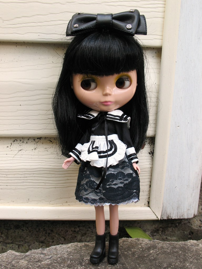 Dora the Goth