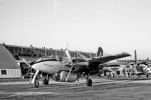 Warbird picture - Grumman-F7F-Tigercat