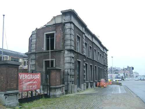 Demolition of Antwerp-DS goods station