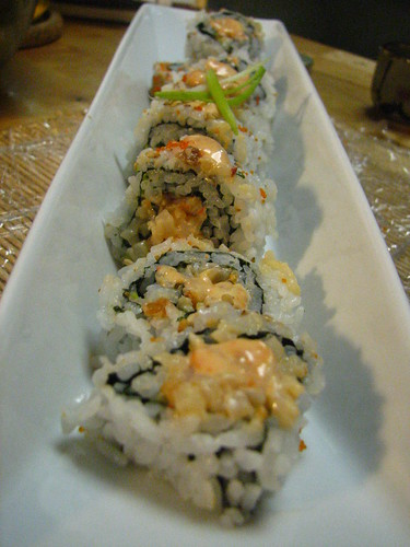 Spicy Crunchy Scallop Roll with Scallion