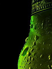 Beer Sweat (johnny_no_hair) Tags: macro beer 35mm sweat perroni