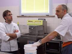 Davide Saputo e il Maestro Rossano Vinciarelli. Corso di zucchero Artistico