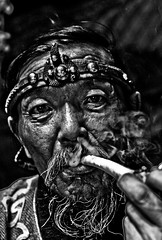 13th Century Maan :P(EXPLORE) (SoronZ | Mongolz) Tags: old portrait man century grandpa smoking 13th hdr mongolian blackwhitephotos