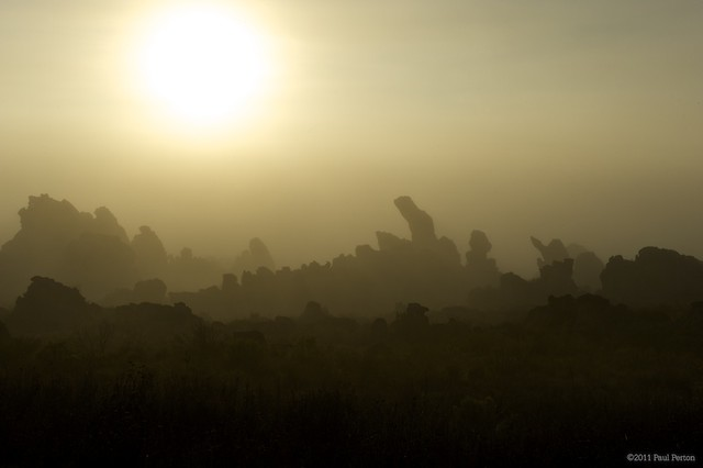 Sunrise and mist in the Cederberg