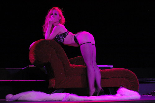 Catherine D'Lish at Tease-O-Rama, SF, 2007