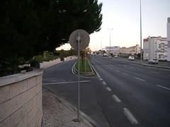 Desvio para os automóveis acederem à Mesquita