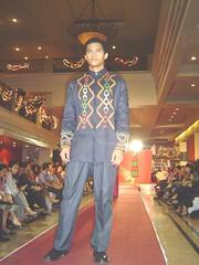17 (yukizach16) Tags: fashion philippines renee ethnic catwalk davao filipiniana mindanao salud concon mandaya