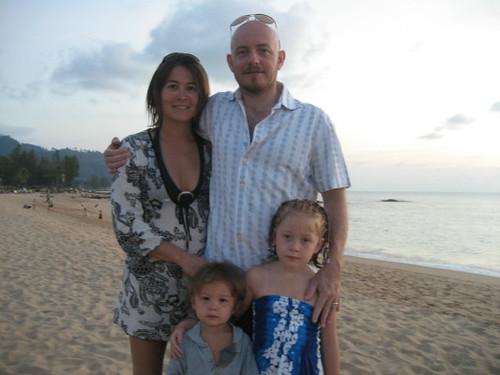 family_beach_1