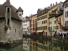 Annecy (Michele*mp slowly catching up) Tags: france annecy architecture reflections town europe oldtown ville hautesavoie vieilleville palaisdelisle francelandscapes damncool michelemp
