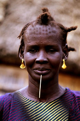 AFRICA (BoazImages) Tags: africa portrait woman black beauty face hair village sudan group culture documentary style tribal tradition ethiopia tribe nuer scarring abigfave boazimages naturalbeautyportraiture