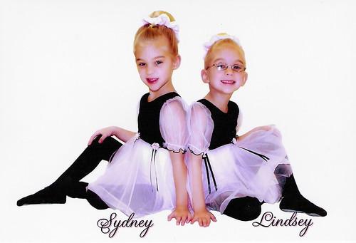 Sydney & Lindsey 2007-2008 JFK