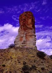 Chamber's Pillar, Australia (hf oz) Tags: desert nt australia chamberspillar lptowers