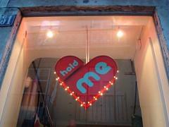 hold me (Lisbon) (_jessi) Tags: vern possibilities spainportugalsummer2007