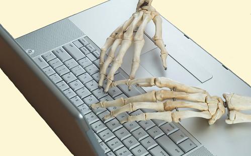 Apple Keyboard skeleton hands - a photo on Flickriver