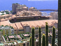 Many eco-roofs in Monaco (Bn) Tags: city vacation holiday nature architecture mediterranean cotedazur montecarlo monaco traveling soe ecosystem greenroof ecoroof naturesfinest jardinexotique impressedbeauty ibeauty naturefinest firsttheearth wowiekazowie ishflickr theperfectphotographer livingroofs