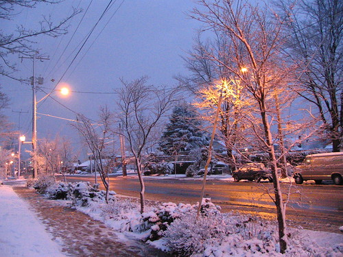 Last year December came in with a dusting of snow on Beacon Avenue. Photo by Wendi.