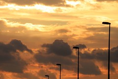 Le rêve d'Herbert, ... n°5 (louistib) Tags: street light sunset sky orange clouds lights streetlamp lumière herbert lampadaire zi réverbère louistib louisthiabudchambon img30631 rêveurherbert dreamerherbert