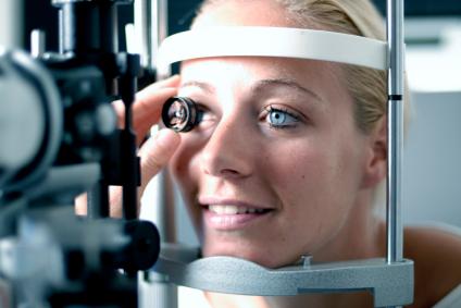 testing eyes