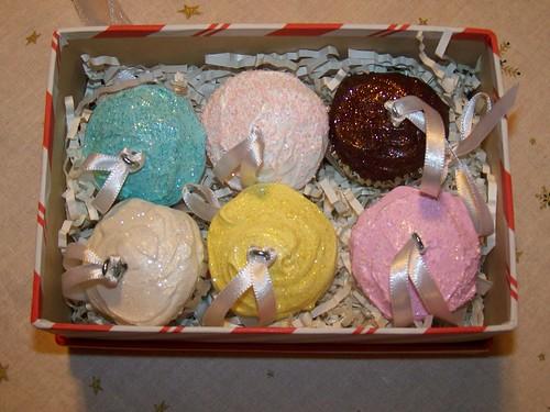 Box 'o Cupcake Ornaments
