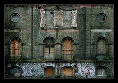 Los arcos de Berln ((Lolita)  8) Tags: arquitectura ventanas arcos ltytr2 ltytr1 ltytr3 ltytr4 berlin2008 lolita8