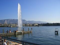 Ginebra (Cesar Bel) Tags: naturaleza lake alps beach nature water alpes schweiz switzerland muelle boat agua eau barco suisse suiza swiss jet playa wharf svizzera interrail bote svizra