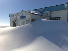 Creo q no podremos entrar (AgusValenz) Tags: blue winter snow azul nieve soviet invierno centralasia kazakhstan eurasia казахстан казакстан karabatan kazaktelecom