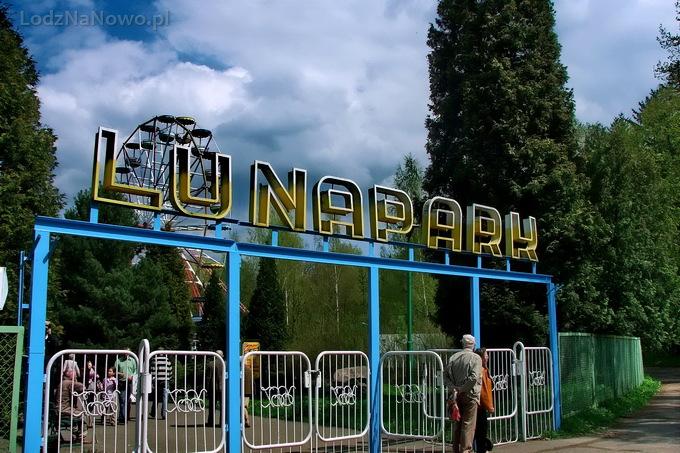Lunapark w parku na Zdrowiu
