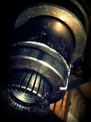 Testa aggraffatrice (*Tom [luckytom] ) Tags: tom machinery macchina fea ctm testa perfumery macchinario pneumatico favcol profumeria luckytom aggraffatrice