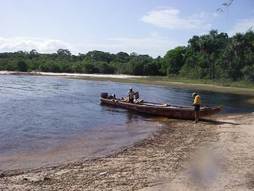 Canaima Lake por mkrappitz.